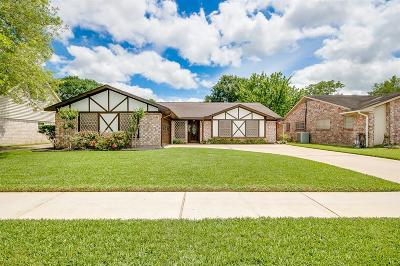 Houston Single Family Home For Sale: 9818 Sagewell Drive