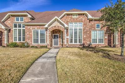 Pearland Condo/Townhouse For Sale: 3330 Knollcrest Lane