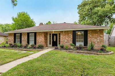 Single Family Home For Sale: 16411 Hibiscus Lane