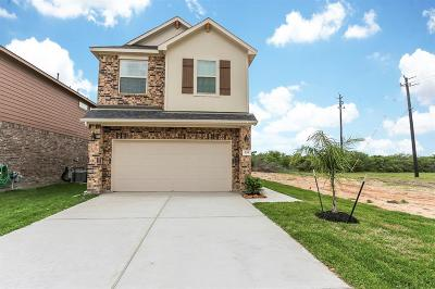 Bacliff Single Family Home For Sale: 339 Sea Breeze Drive