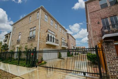Rice Military Condo/Townhouse For Sale: 5406 Lacy Street