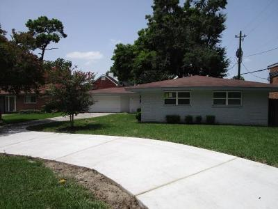 Houston Single Family Home For Sale: 10006 Westview Drive