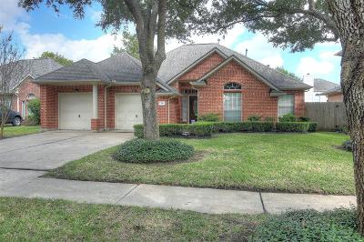 League City Single Family Home For Sale: 316 Bay Spring Drive
