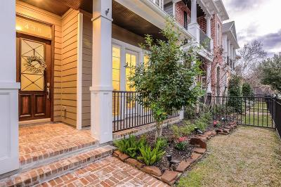 Single Family Home For Sale: 438 W 26th Street