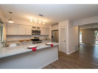 The Woodlands Condo/Townhouse For Sale: 2425 W Settlers Way