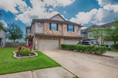 Galveston County Condo/Townhouse For Sale: 328 Brandy Ridge Lane
