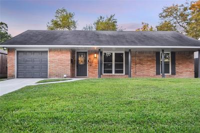 Oak Forest Single Family Home For Sale: 5218 Verdome