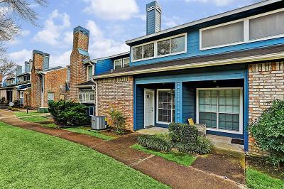 Condo/Townhouse For Sale: 2323 Fairwind Drive #645