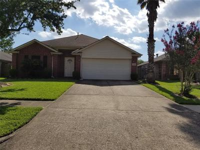 La Porte Single Family Home For Sale: 3514 Pawnee Drive