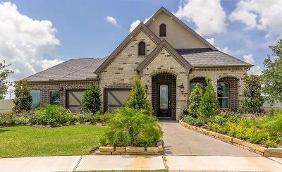 Rosenberg Single Family Home For Sale: 8330 Summer Breeze