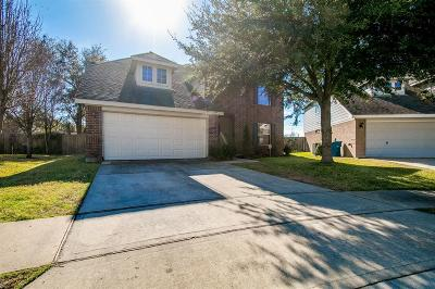 Single Family Home Pending Continue to Show: 4631 Bridgestone Bend Drive