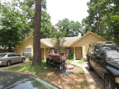 Conroe TX Multi Family Home For Sale: $140,000