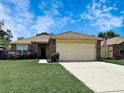 Galveston County Rental For Rent: 110 N Golden Oak Drive