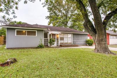 Houston Single Family Home For Sale: 10522 Barada Street