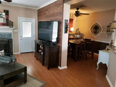 La Porte Single Family Home For Sale: 8606 Wood Drift Court