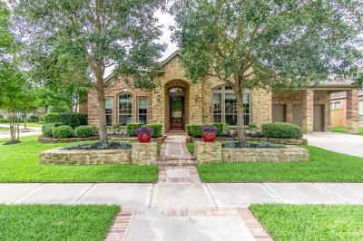 Cypress Single Family Home For Sale: 18611 N Colony Shore Drive