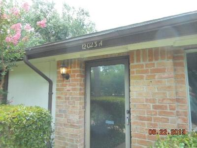 Houston Condo/Townhouse For Sale: 12023 Greenwood Forest Drive