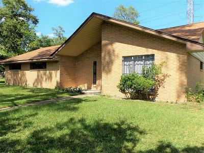 Channelview Single Family Home For Sale: 635 Elsbeth Street