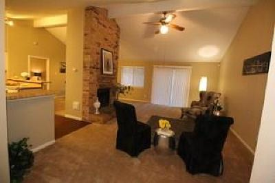 Spring Single Family Home For Sale: 22614 Pebworth Place