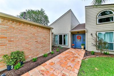 Pasadena Single Family Home For Sale: 4322 Shady Springs Drive