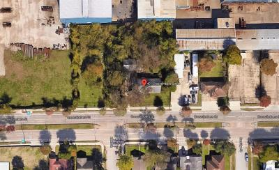 Single Family Home For Sale: 401 Crosstimbers Street