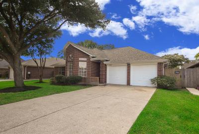 La Porte Single Family Home For Sale: 10902 Spruce Drive S