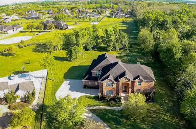 Missouri City Single Family Home Pending: 4402 Pine Landing Drive