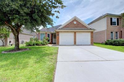 Single Family Home For Sale: 20915 Balmoral Glen Lane