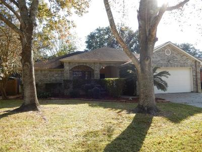League City Single Family Home For Sale: 2121 Aberdeen Drive