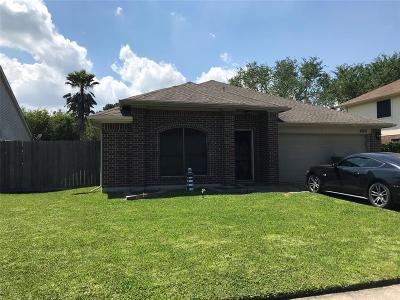 Seabrook Single Family Home For Sale: 4306 Egret Drive
