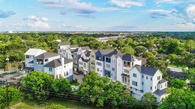 Houston Single Family Home For Sale: 4037 Woodshire Village Estates