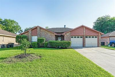 League City Single Family Home For Sale: 319 Windward Drive