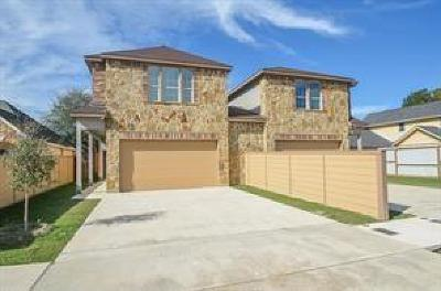 Houston Single Family Home For Sale: 14926 Honey Lane #B