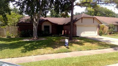 Pearland Single Family Home For Sale: 4923 Pecan Grove Drive