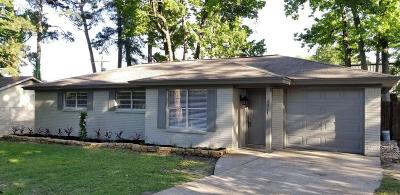 Conroe Single Family Home For Sale: 2011 Oaklawn Drive