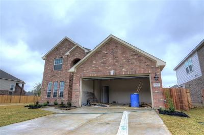 Baytown Single Family Home For Sale: 6507 Hunters Trace Lane