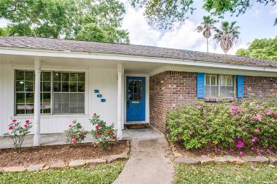 El Lago Single Family Home For Sale: 209 Bayou View Drive