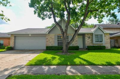 Sugar Land Single Family Home For Sale: 10503 Townhall Lane