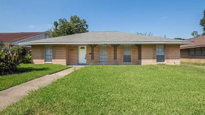Houston Single Family Home For Sale: 8618 Dover Street