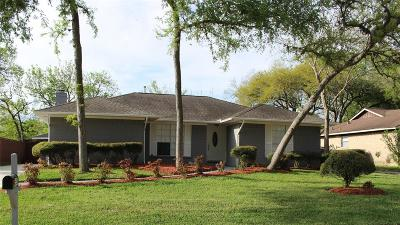 Friendswood Single Family Home For Sale: 5410 Abercreek Avenue