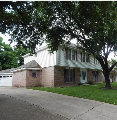 Spring Single Family Home For Sale: 6914 Huntbrook Drive
