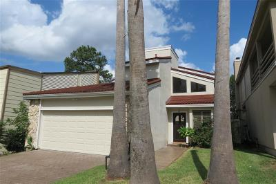 Single Family Home For Sale: 24 Waters Edge Street