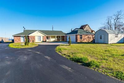 Baytown Single Family Home For Sale: 12336 Tri City Beach Rd Road