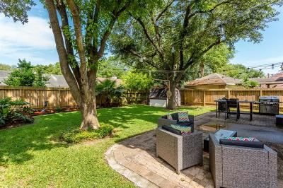 Single Family Home For Sale: 5707 Parryville Drive