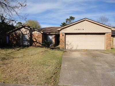 Single Family Home For Sale: 14819 Beaconsfield Drive