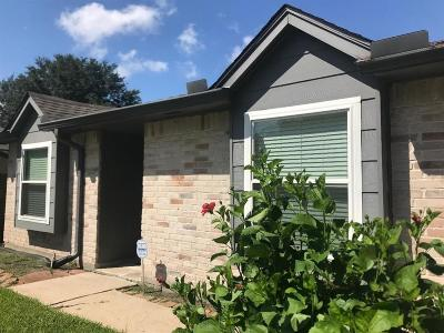 Sugar Land Single Family Home For Sale: 10502 Westedge Drive