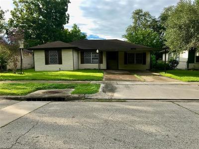 Pasadena Single Family Home For Sale: 2504 Pomona Drive