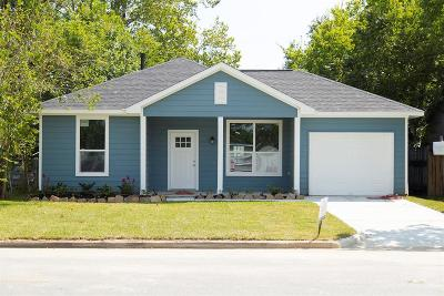 Baytown Single Family Home For Sale: 515 William Avenue