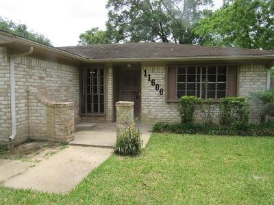 Single Family Home For Sale: 11606 Wood Shadows Drive