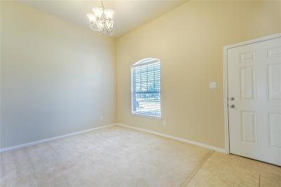 Tomball Single Family Home For Sale: 25426 Saddlebrook Champion Way